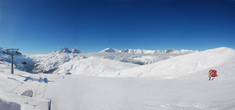 панорамка из окрестностей в Col de Balme